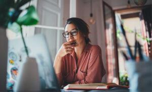 4 carreras universitarias para gente que trabaja
