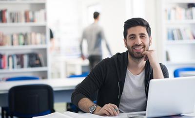 5 razones para estudiar en el programa Advance de la UNAB